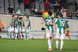 El Córdoba aprovecha el mal de la Real Sociedad fuera de casa