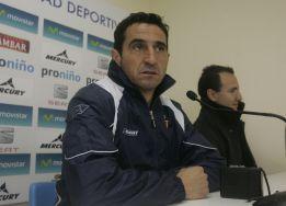 """Manolo Jiménez: """"No nos vamos a colgar los once en el palo"""""""