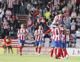 El Mirandés logra la primera victoria goleando al Barcelona B