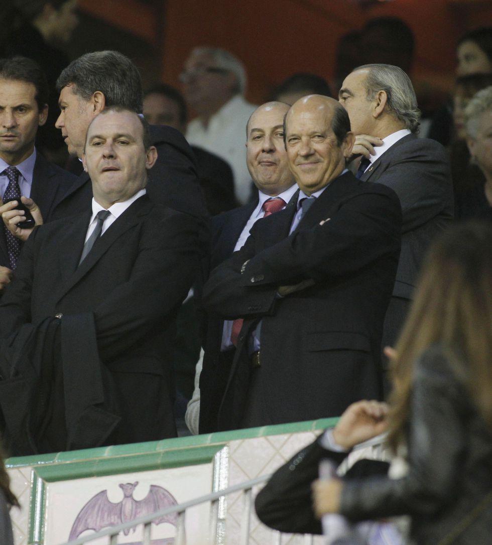 El Valencia tiene 103 millones de presupuesto y 370 de deuda