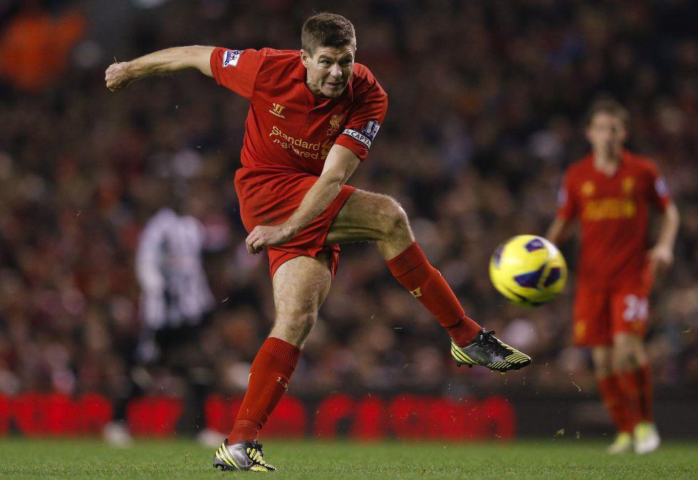 """Gerrard: """"Me gustaría jugar para Mourinho, el 'Special One'"""""""