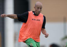 Óscar Pérez llama a los ultras del Racing para hacer las paces