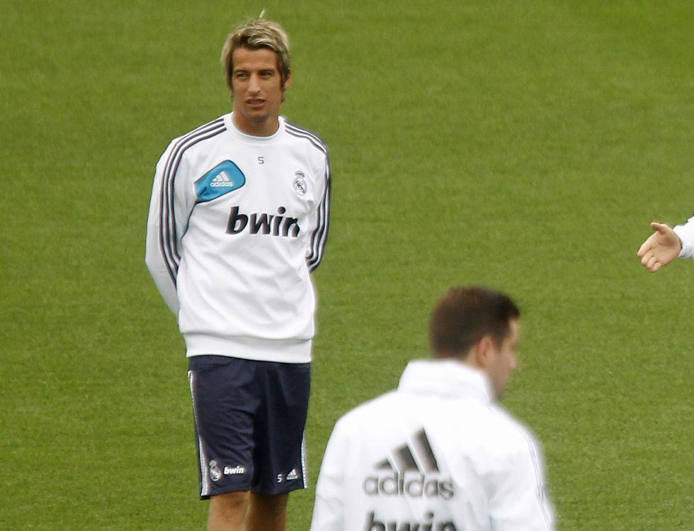 Fabio Coentrao se incorpora al trabajo con el grupo