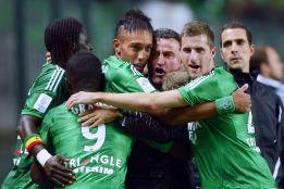 Saint Etienne y Valenciennes se meten en la carrera por liderato