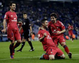 Osasuna deshace al Espanyol y logra oxígeno para Mendilibar