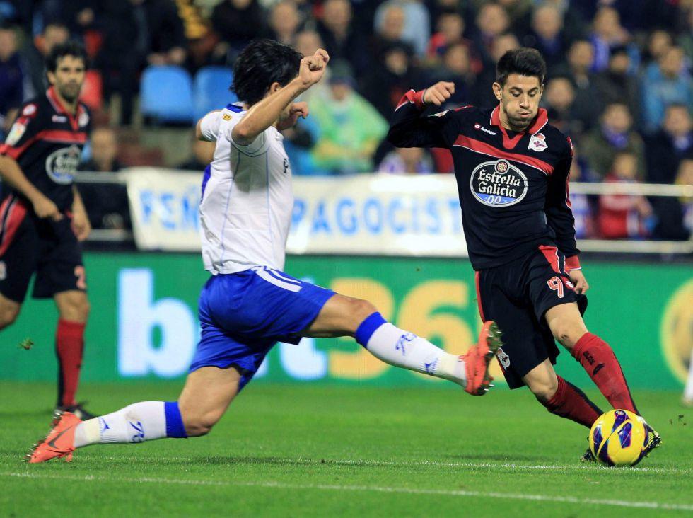El Zaragoza golea al Deportivo tras lograr remontar un 0-2