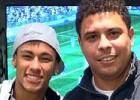 Ronaldo cree que Neymar hace mal al quedarse en Brasil
