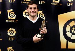 """Casillas, Ramos y Alonso reciben """"agradecidos"""" los premios LFP"""