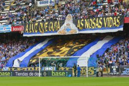 Las peas blanquiazules dan su apoyo unnime al club