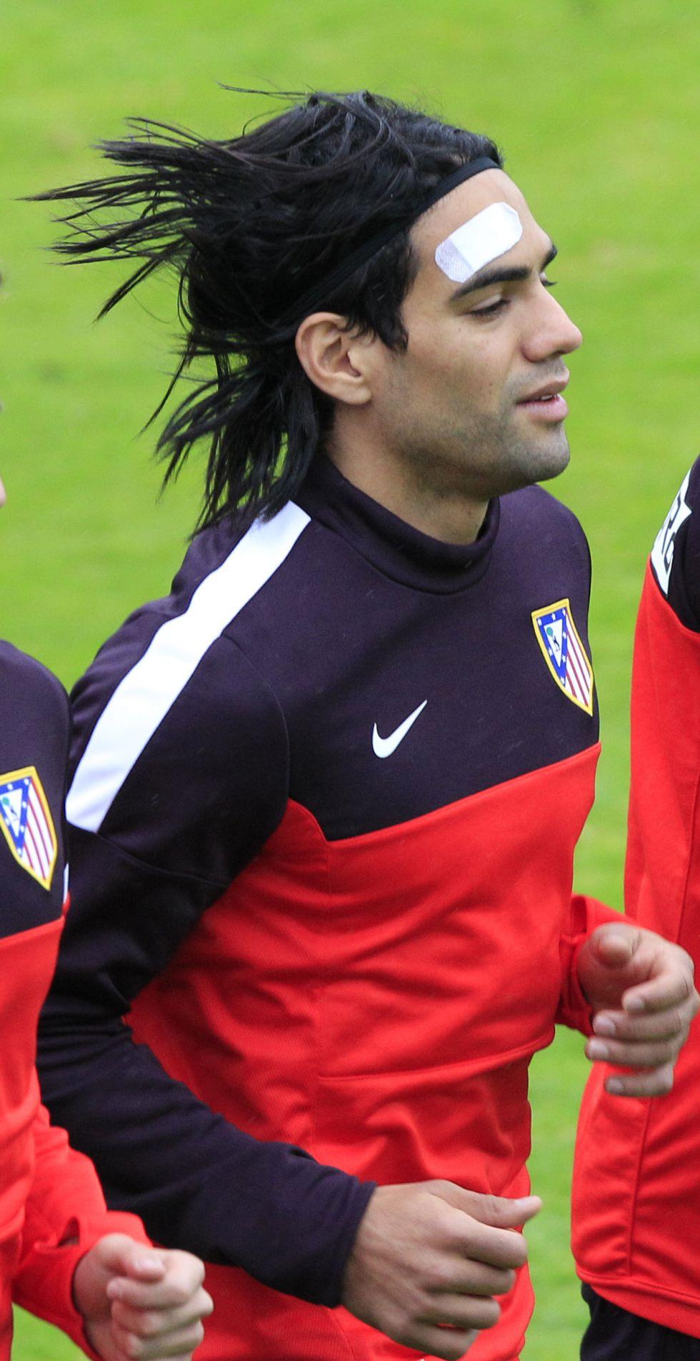 Falcao se entrenó una hora después de aterrizar en Madrid