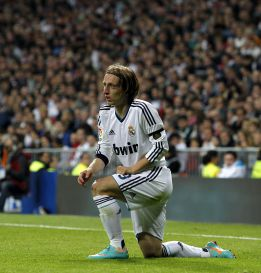 Modric, titular en un once en el que tambin est Cristiano