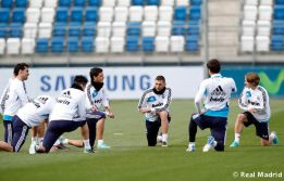 El Madrid se entrenó sin Essien, que sigue con problemas físicos