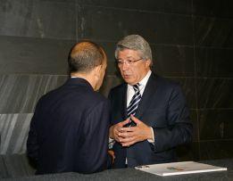 """Cerezo sobre Falcao: """"Los contratos se cumplen"""""""