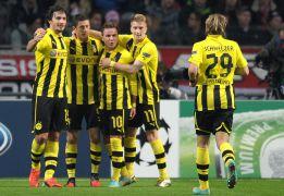 El Dortmund vence al Ajax con un gran Mario Götze
