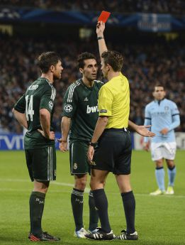 Hasta la prensa inglesa admite que Rocchi falló en el penalti