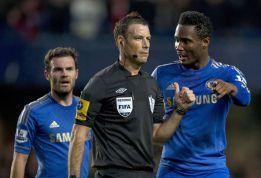 """La FA no castiga al árbitro que llamó """"español idiota"""" a Mata"""