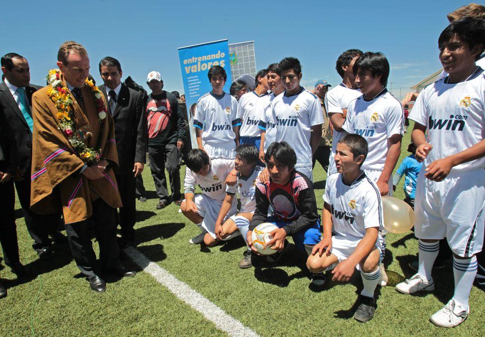 Emilio Butragueño y Beckham no dan el perfil necesario