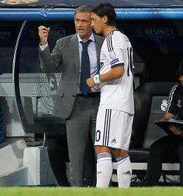 Özil recibió una oferta del Manchester City, según 'Bild'