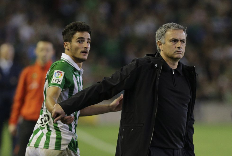 """Mourinho: """"Otros controlan el calendario, pero sólo hablo yo"""""""
