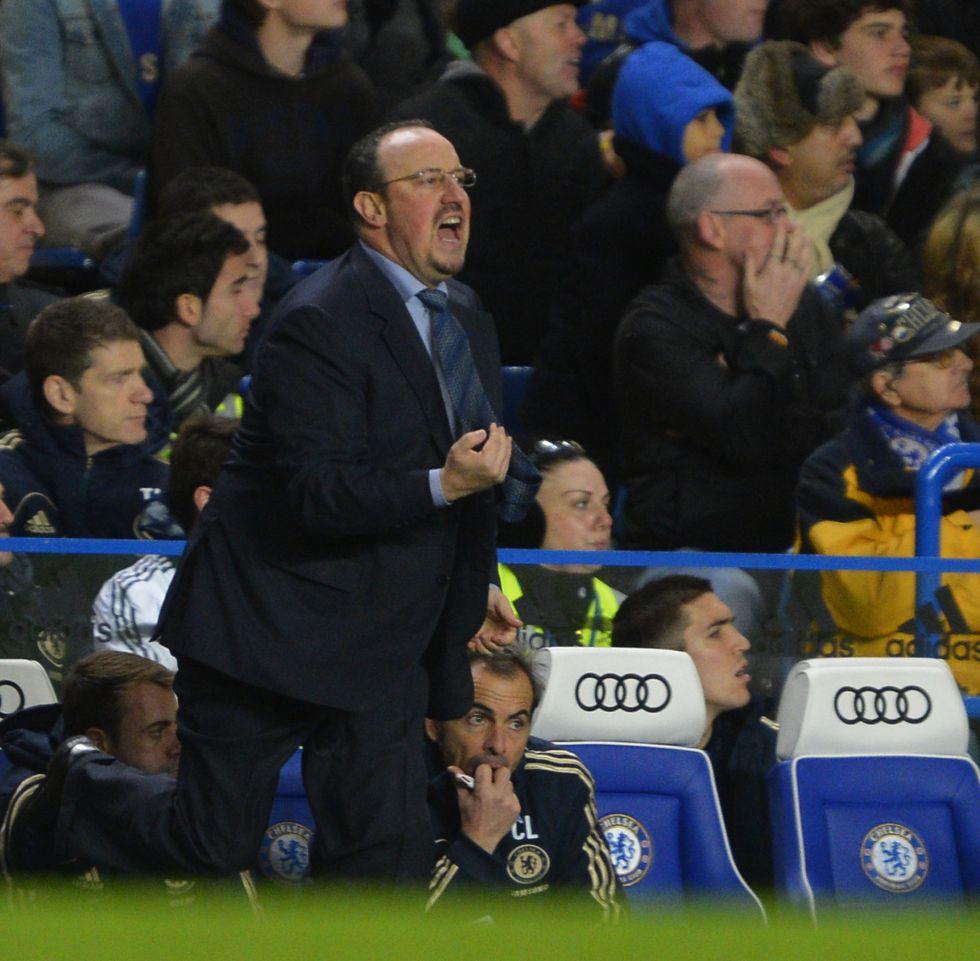 Rafa Benítez debutó con un gris empate ante el Manchester City