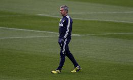 Mourinho, contra lo previsto, cierra la sesión a la prensa