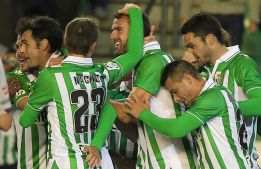 Beat y Vadillo revolucionan al Betis, que elimina al Valladolid