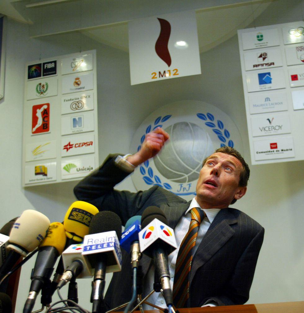 """Butragueño: """"¿Pitos? El público y el club apoyan a José Mourinho"""""""