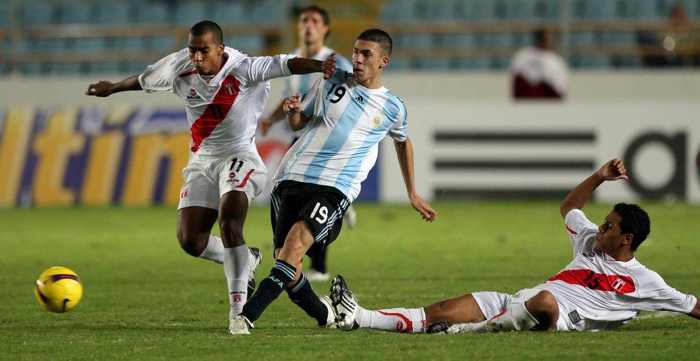 El Madrid sigue a Iván Bella, de Vélez, según el club argentino