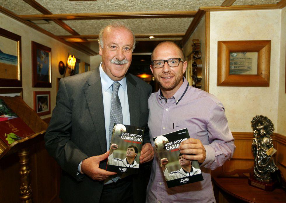 Gallego presentó su libro sobre Camacho: 'Fútbol Indómito'