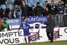 Los incidentes en Bastia no impiden el pase del Lille