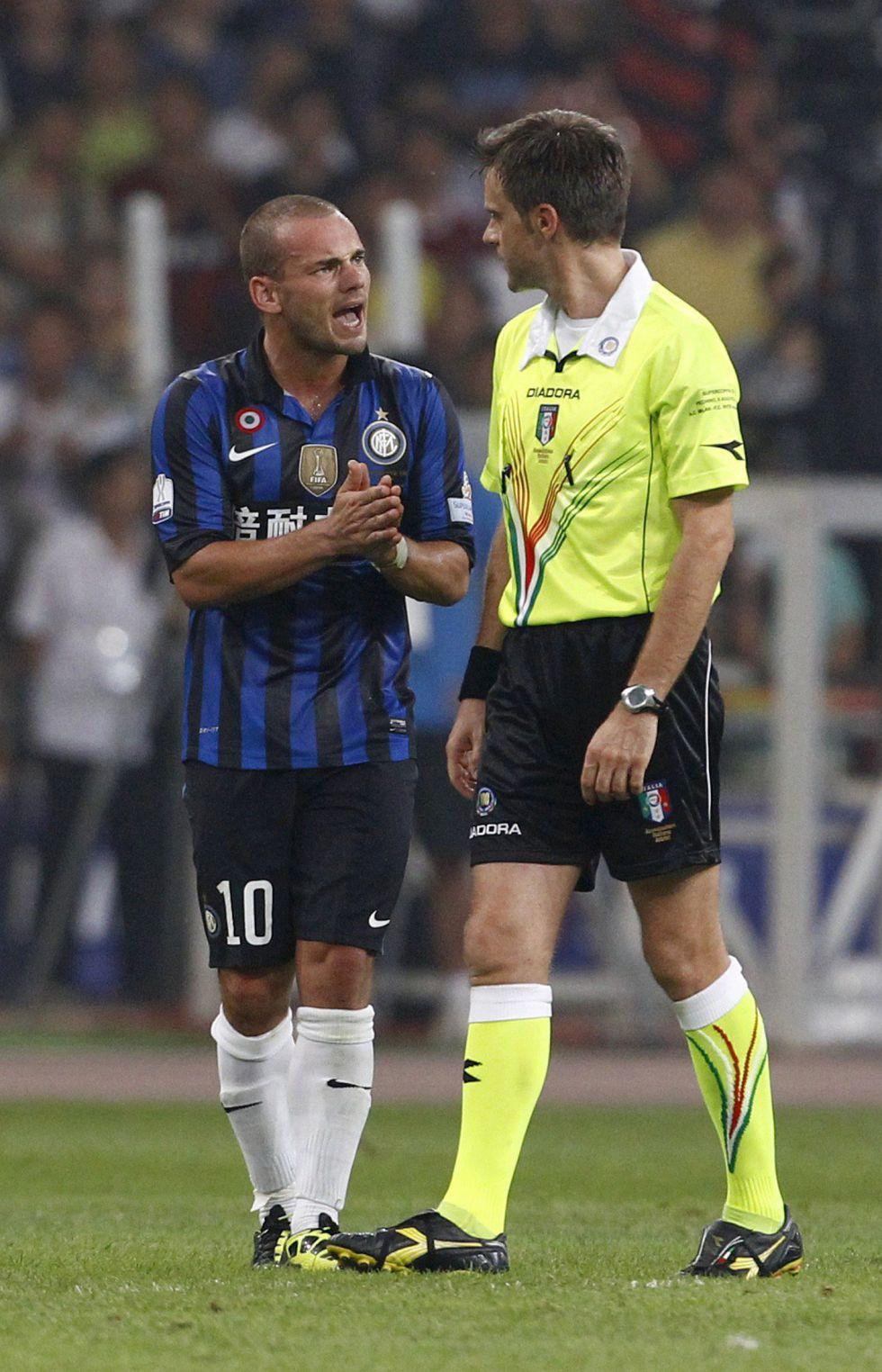 El FIFPro pide sancionar al Inter por presionar a Sneijder