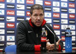 """Simeone: """"¿Favoritos? El de enfrente es el campeón de Liga"""""""