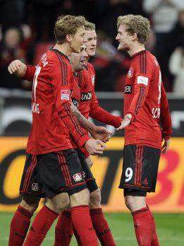 El Leverkusen derrota al Núremberg y sigue segundo