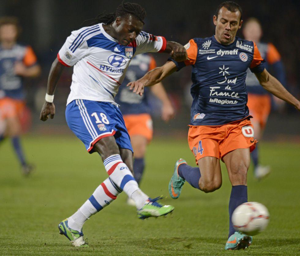 Gomis consolida al Lyon en el liderato tras el tropiezo del PSG