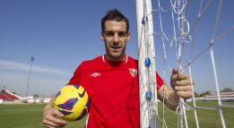 Álvaro Negredo: doble sesión para llegar a Cornellà