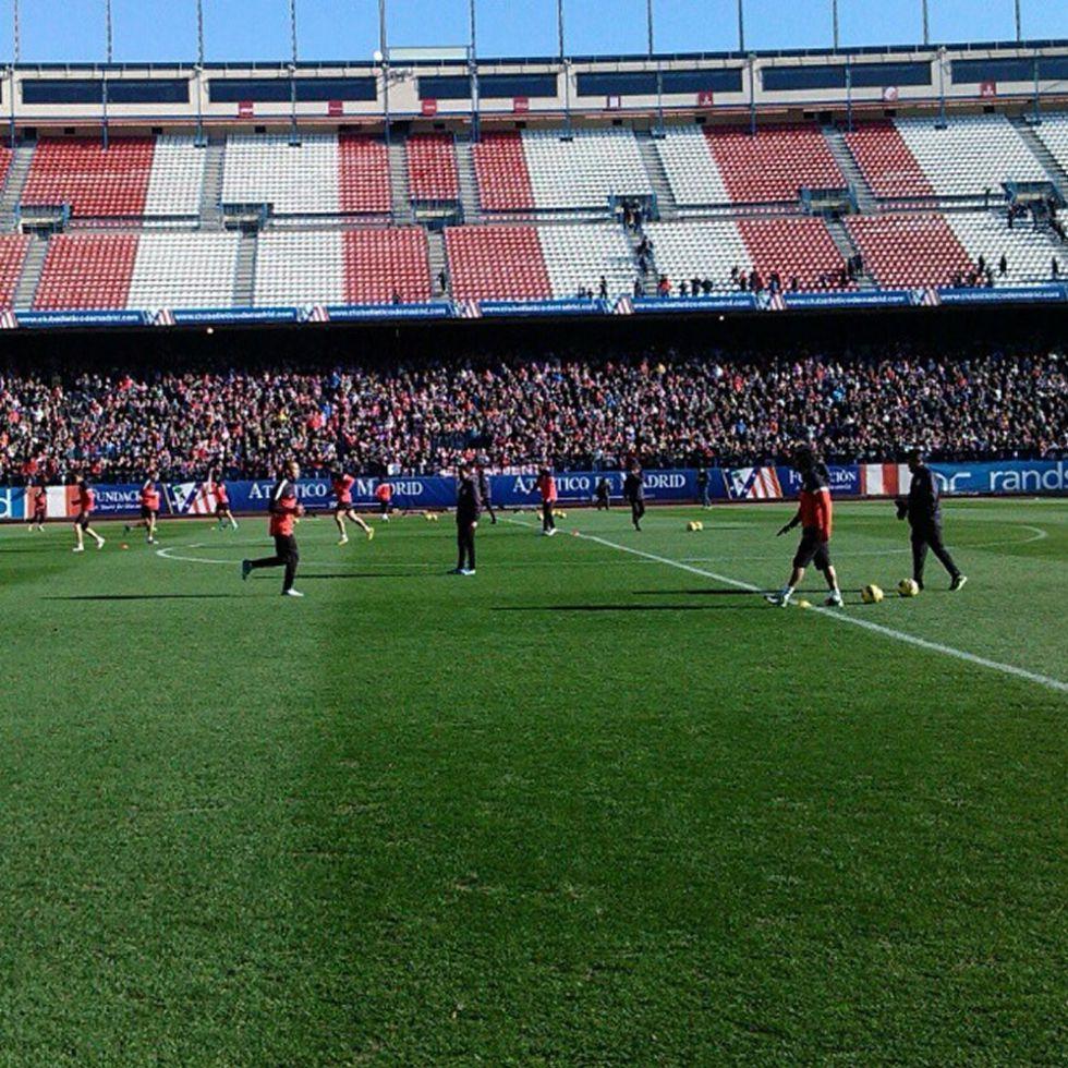 21.000 hinchas arropan al Atlético en la fiesta del Calderón