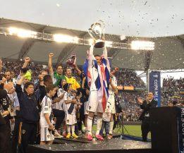 Beckham se despide de los Ángeles Galaxy ganado la MLS