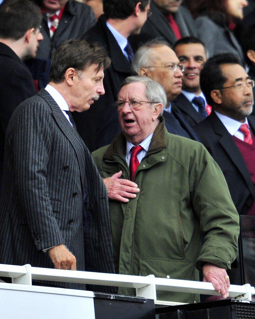 El presidente del Arsenal sufre un ataque al corazón
