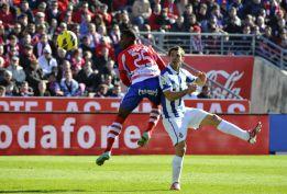 Aguirre debuta con empate y el puesto de Anquela peligra