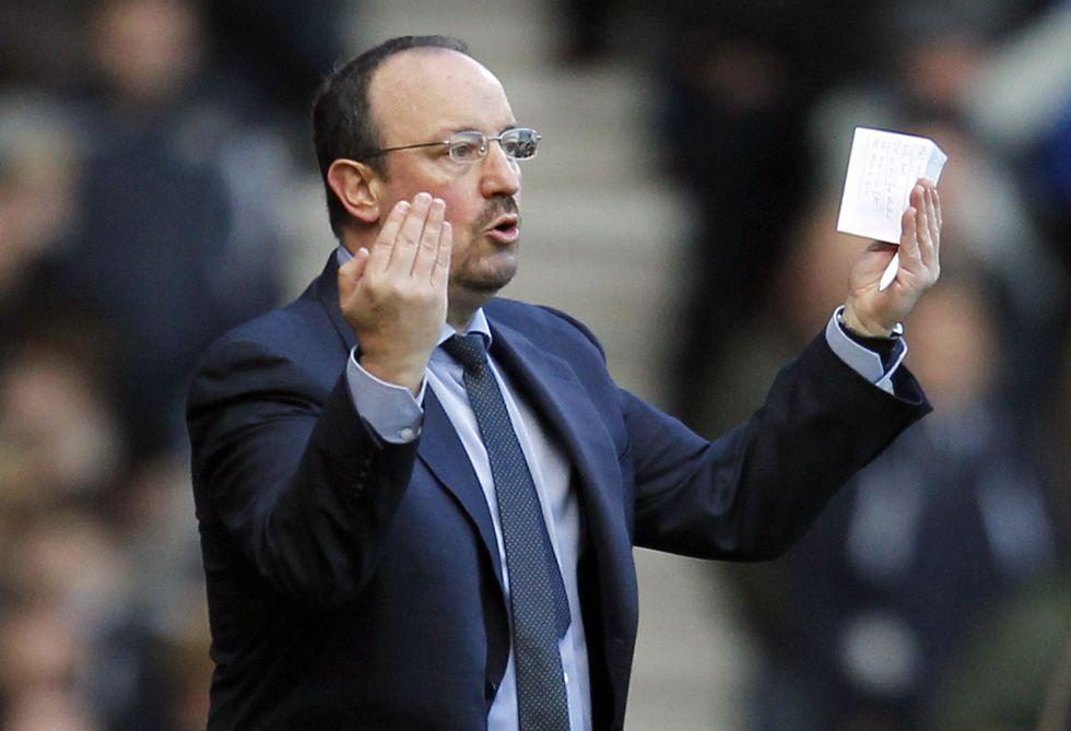 El Chelsea exigiría a Benítez el Mundial para seguir en el cargo