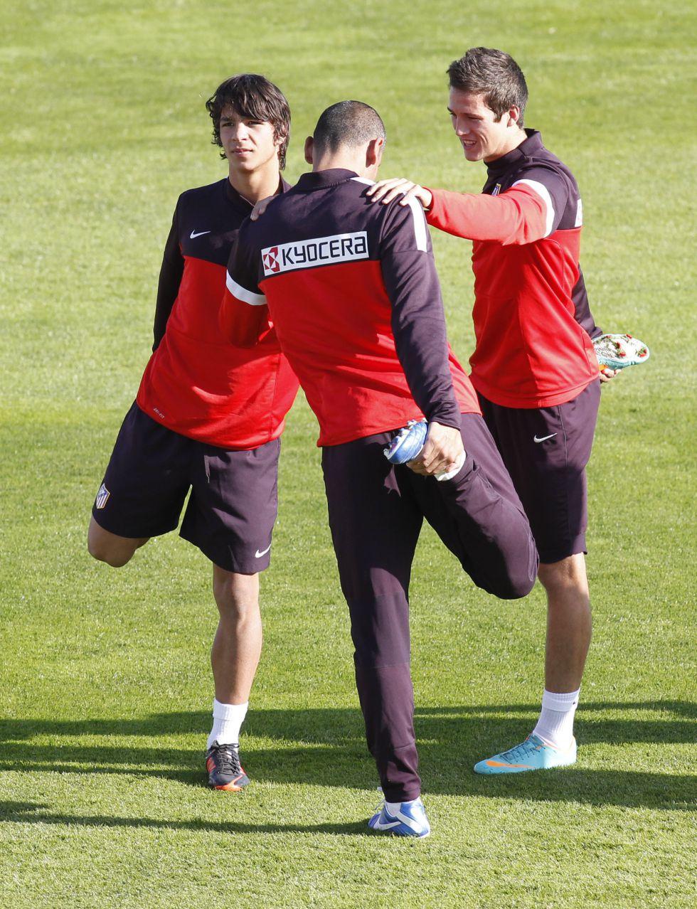 Ocho canteranos en la sesión de entrenamiento del Atlético