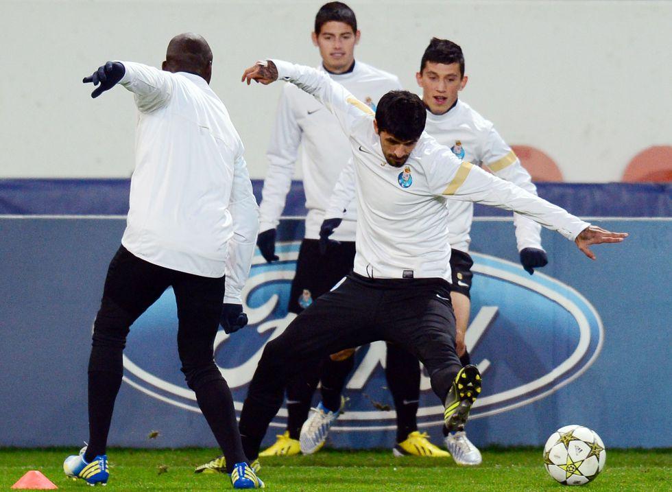 PSG y Oporto se citan con el liderato del grupo en juego