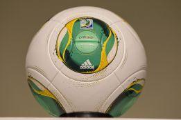 El balón con chip se estrenará en el Mundialito de Clubes