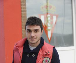 Adrián Colunga, alternativa del Deportivo para reforzarse