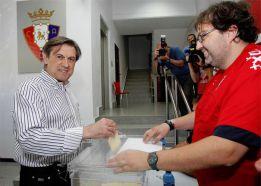 Archanco acusa al Málaga de deber a Osasuna 200.000 euros