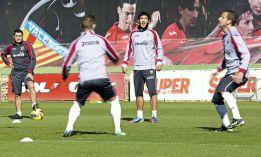 Valverde entrena por primera vez al Valencia a puerta cerrada