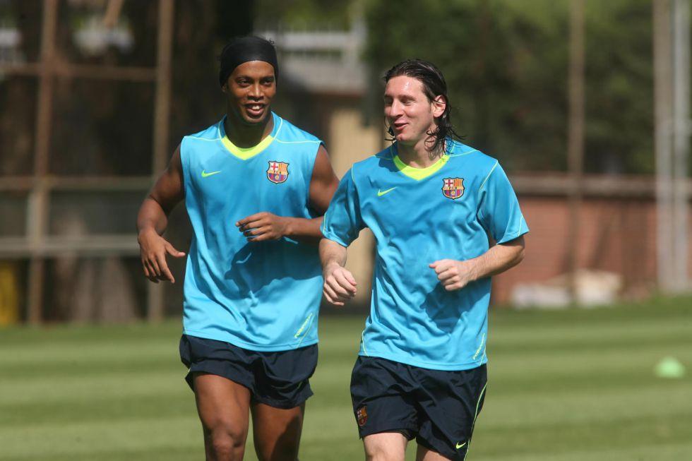 """Ronaldinho: """"Cristiano hace historia, pero Messi es el mejor"""""""
