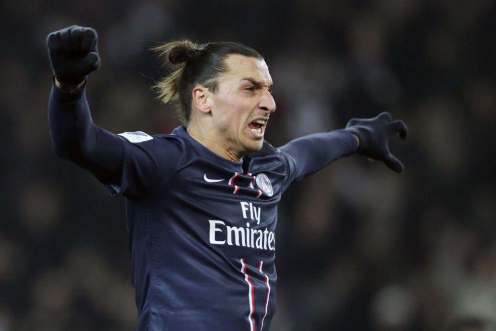 Ibrahimovic marca al Evian y ya suma 14 goles en 13 partidos