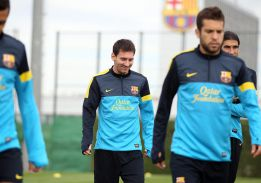 Messi entra en la convocatoria de Tito Vilanova para Sevilla
