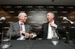 """Bobby Charlton: """"A Ferguson no le gusta demasiado Mourinho"""""""